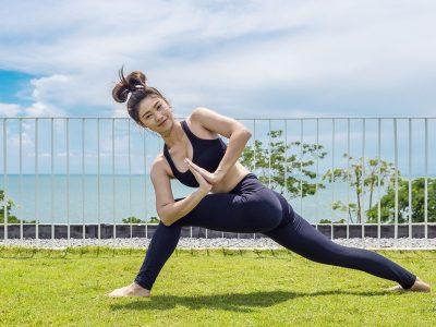 15 Minute Uplifting Tabata Yoga Workout