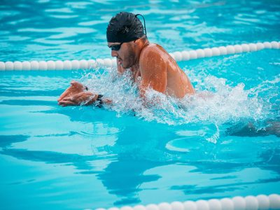 5 Best Swim Workouts for Runners